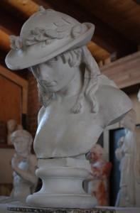Busto della Gipsoteca Scaramella in gesso del Davide di Donatello.