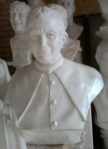 Busto in gesso di Don Bosco