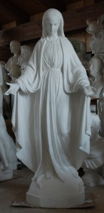 LS 247 Madonna di Medjugorje h. cm. 166