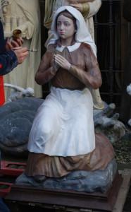LS 253 Santa Bernadette h. cm. 130