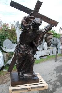 LS 268 Cristo che porta la Croce h. cm. 200