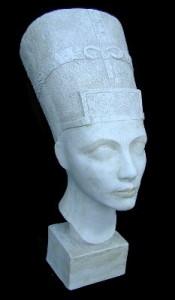 LB51 Nefertite
